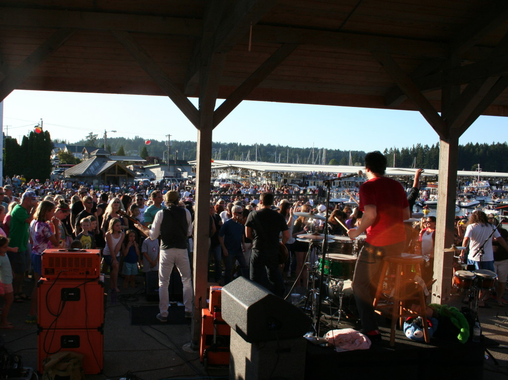 Beatniks - Gig Harbor's 'Music in the Park'